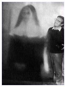 Foto paranormali: la badessa di Bloomaberry