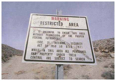 Un cartello dell'area 51